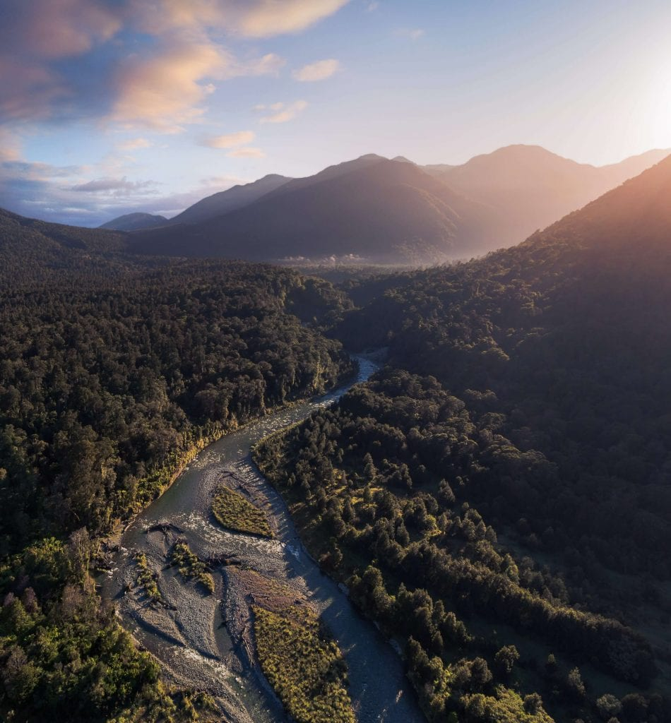 another stunning photo of fiordland in the southland region