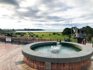 one of the best things to do in timaru is visiting the ocean at caroline bay. This photo is taken from the top of the Piazza looking down on the bay